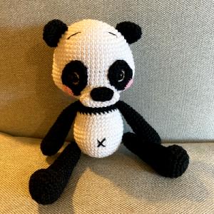 Horgolt panda